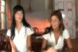 فيديو اخوات سكس